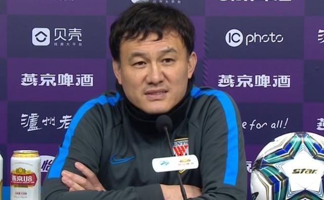 郝伟:鲁能下半场不想保守是想进球,阵容年龄结构偏大体能有问题